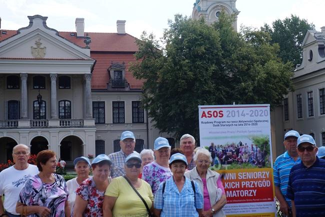 Oglądasz obraz z artykułu: Seniorzy na szlaku rezydencji magnackich cz.2