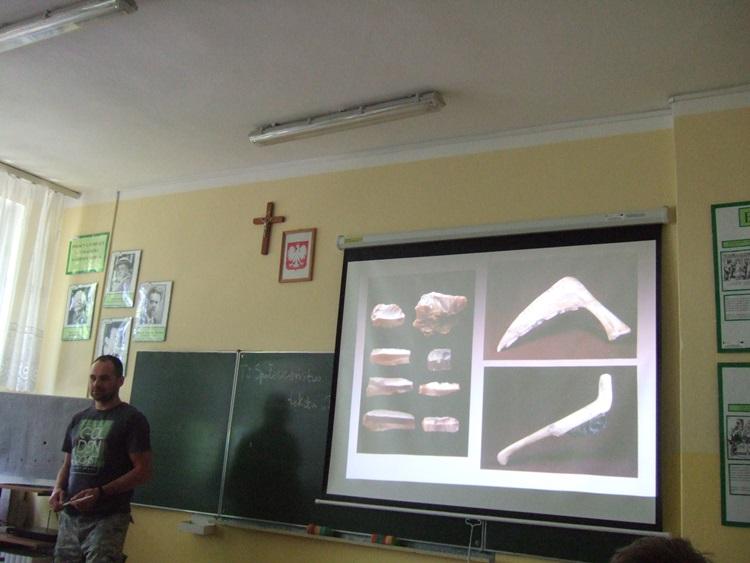 Oglądasz obraz z artykułu: Lekcja muzealna w ZSP Rymań