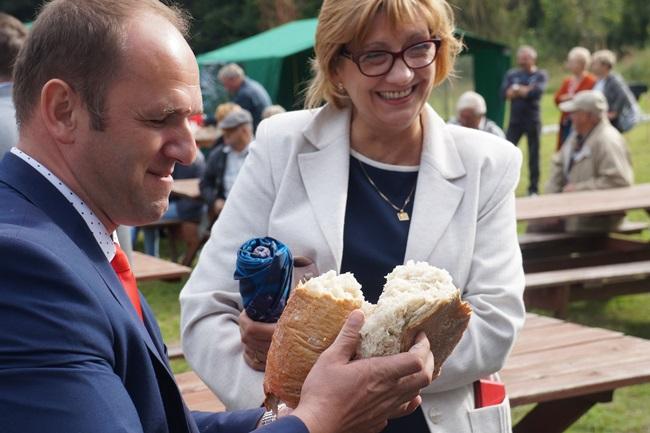 Oglądasz obraz z artykułu: Święto chleba w Rymaniu.