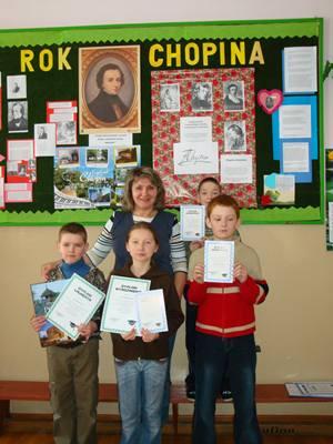 Laureaci konkursu z mgr Cz. Józefowicz